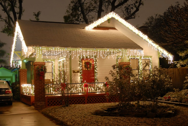 Decorating outside of house for christmas pictures
