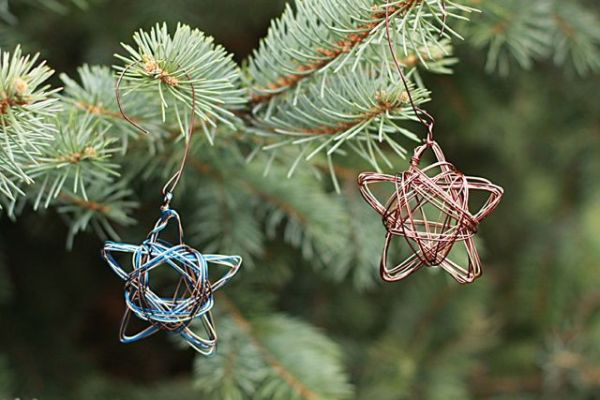 DIY Christmas Ornaments To Deck Your Halls With This Festive Season - Diy copper stars for christmas decor
