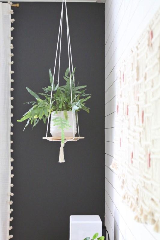 20 Charming DIY Indoor Hanging Planters to