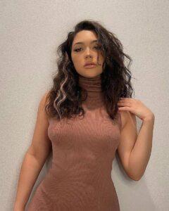 Bella Ramos