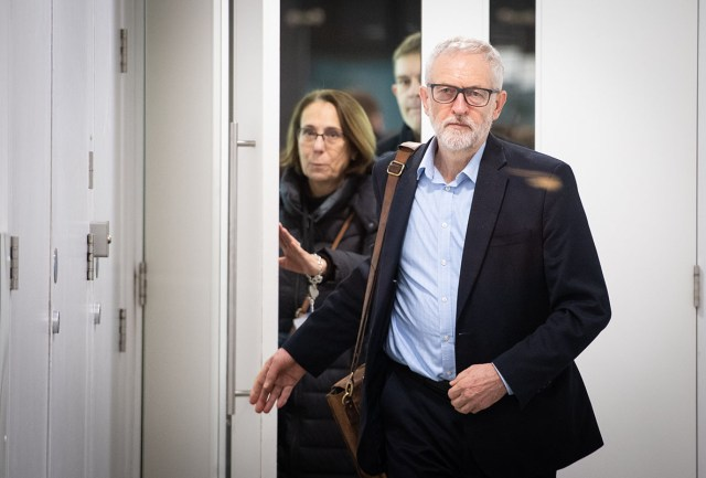 Jeremy Corbyn loses bid for Labour to release documents before court battle  | Morning Star