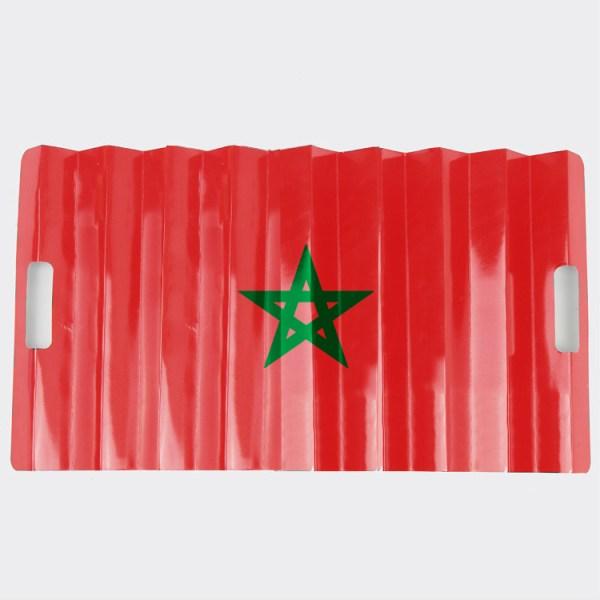 Een marokkaans klap banner van opgevouwen harmonica pappier waarmee je hard kunt klappen