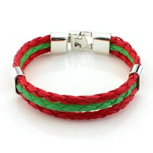Leren armbandje met zilverensleuting met de kleuren rood en groen