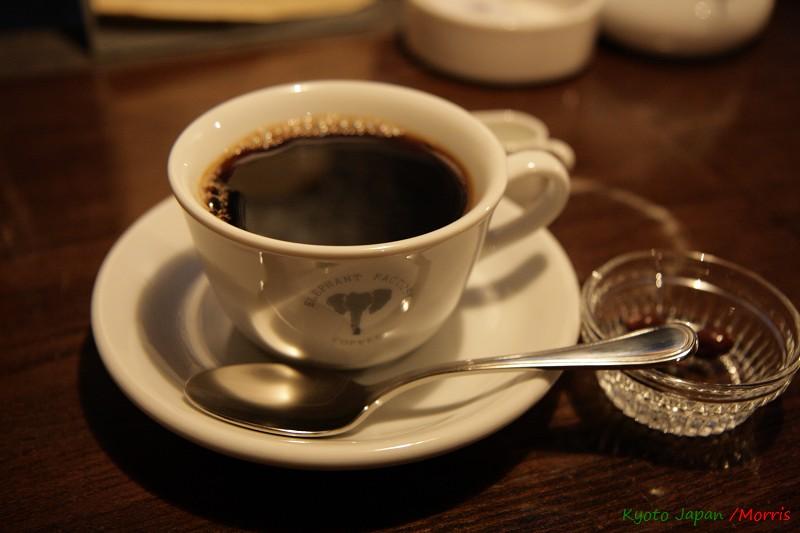 ELEPHANT FACTORY CAFE (20)