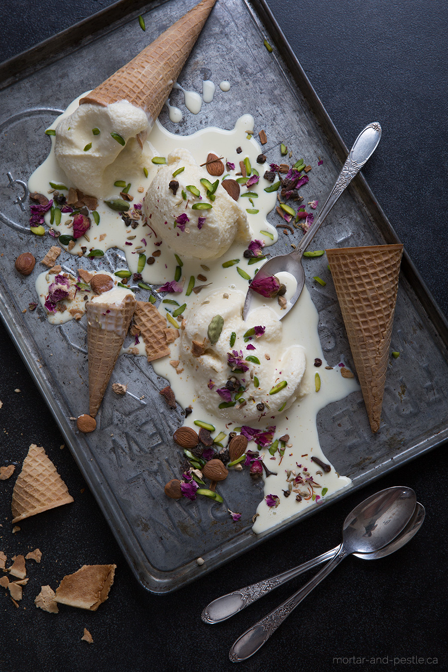 pistachio and apricot ice cream : mortar-and-pestle.ca