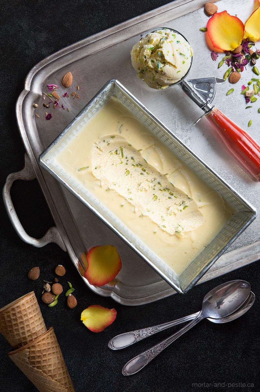 pistachio and apricot ice cream : mortar-and-pestle.ca