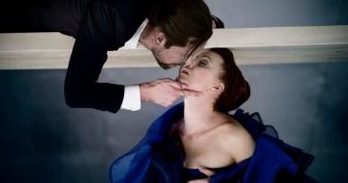 Thomas Bang og Marie Louise Wille i Farlige Forbindelser på Aarhus Teater