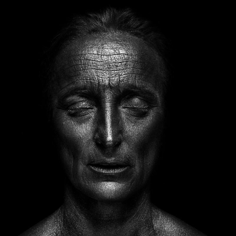 """Kirsti Kærn, """"Hjertet skælver"""" Foto: Joachim Ladefoged"""