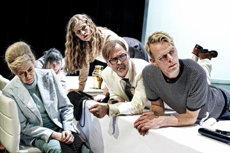 Inge Sofie Skovbo, Sicilia Gadborg Høegh, Mette Døssing, Niels Ellegaard og Jacob Madsen Kvols Foto: Rasmus Baaner