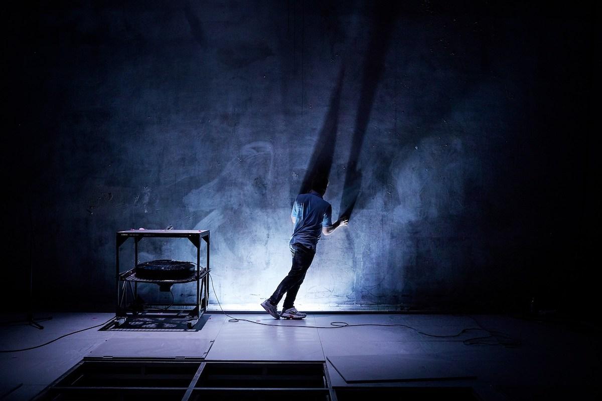 ANMELDELSE: Færdig med Eddy, Betty Nansen Teatret