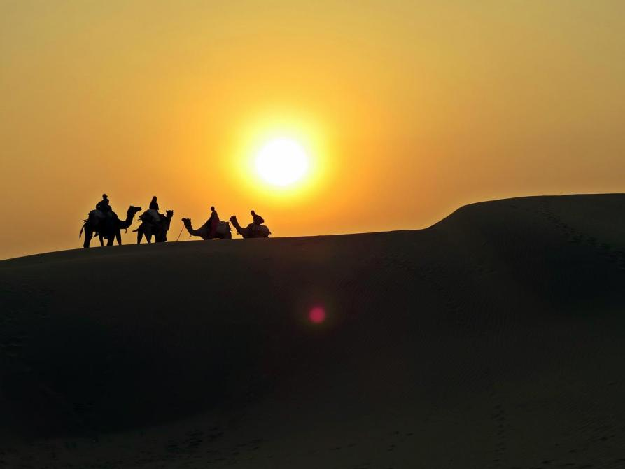 Sonnenuntergang über der Thar, Rajasthan