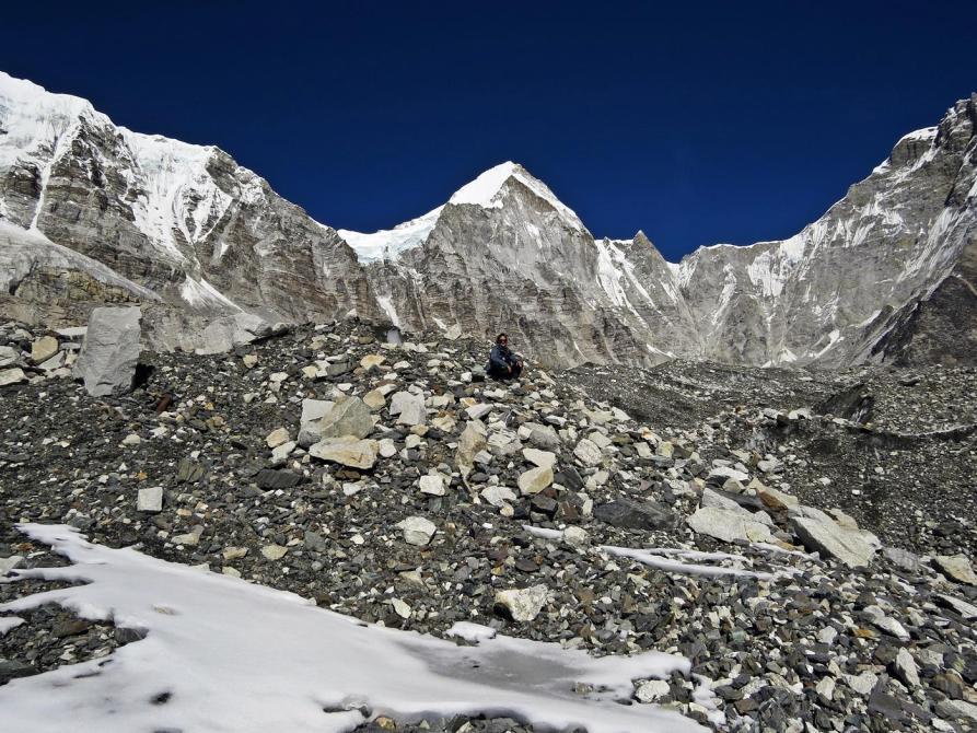 Geröllfeld, Khumbugletscher, Himalaja