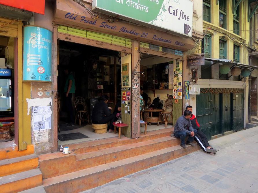 Straßencafé in der Freak Street