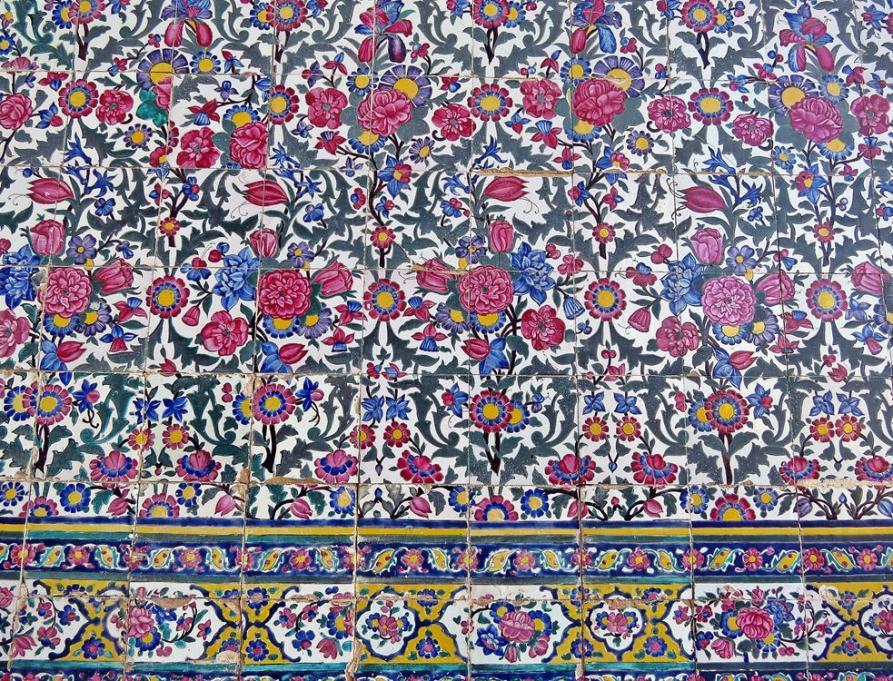 Kacheldekoration in der Vakil Moschee, Schiras