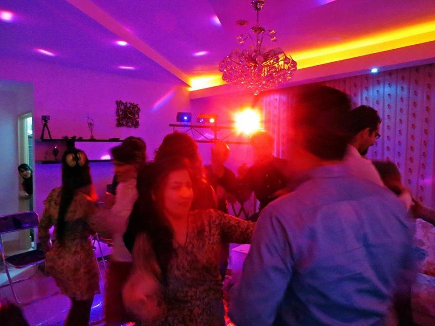 tanzenden Menschen