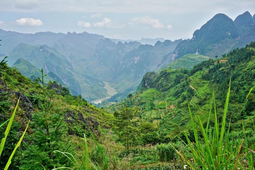 Bergpanorama auf dem Ha Giang Loop