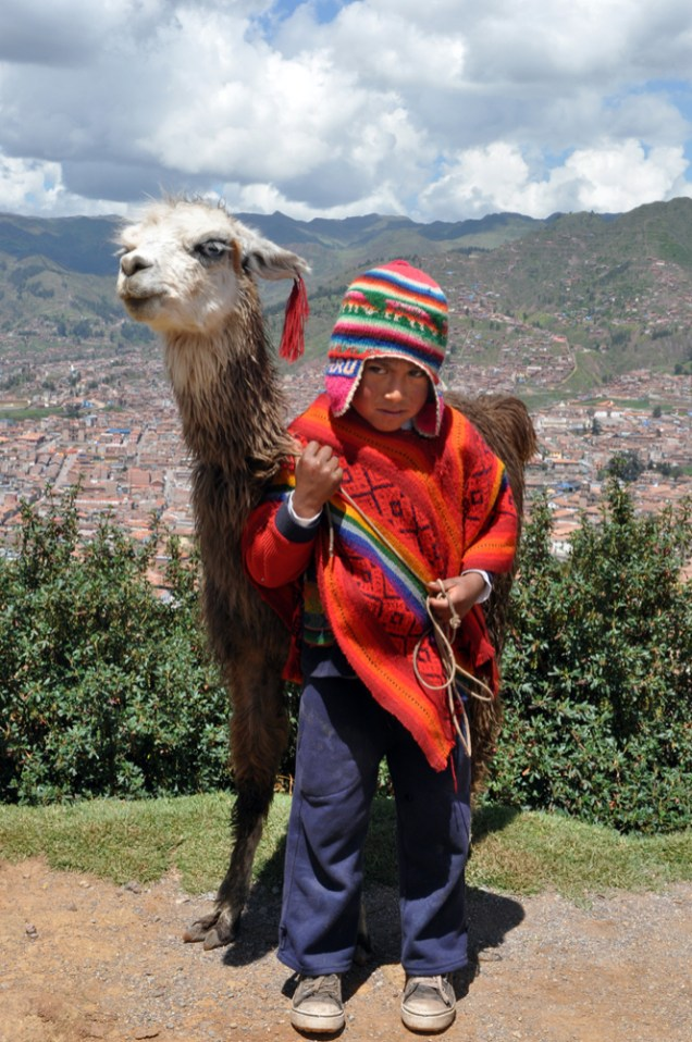 Child+with+Cusco+background