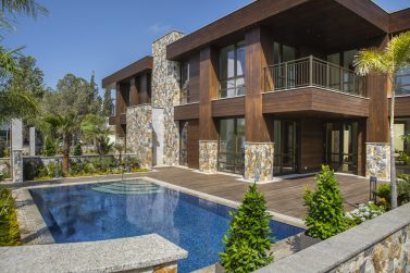 Private Villa at the highly anticipated Park Lane