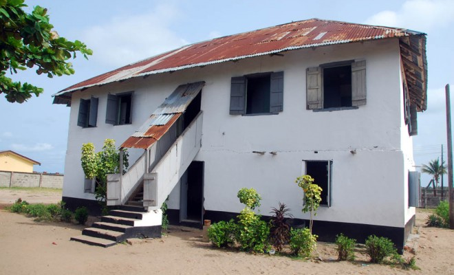 who built the first storey building in nigeria