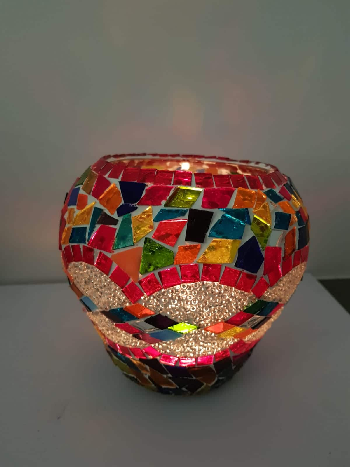 Bougeoirs XXL mosaïques artisanales spirales multicolores