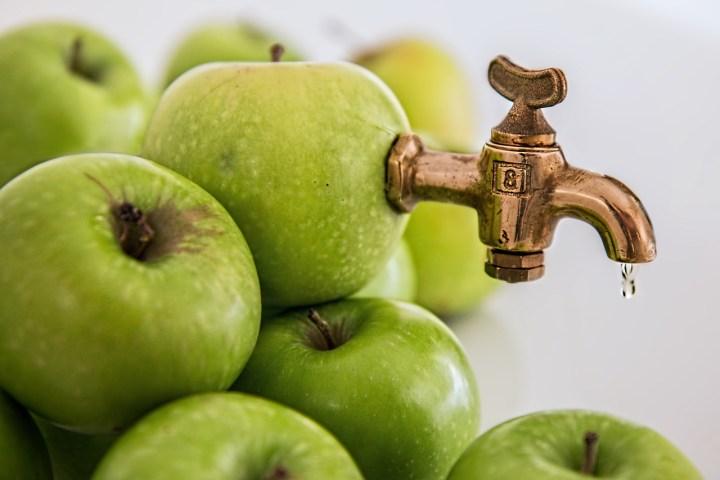 So macht man also Apfelsaft