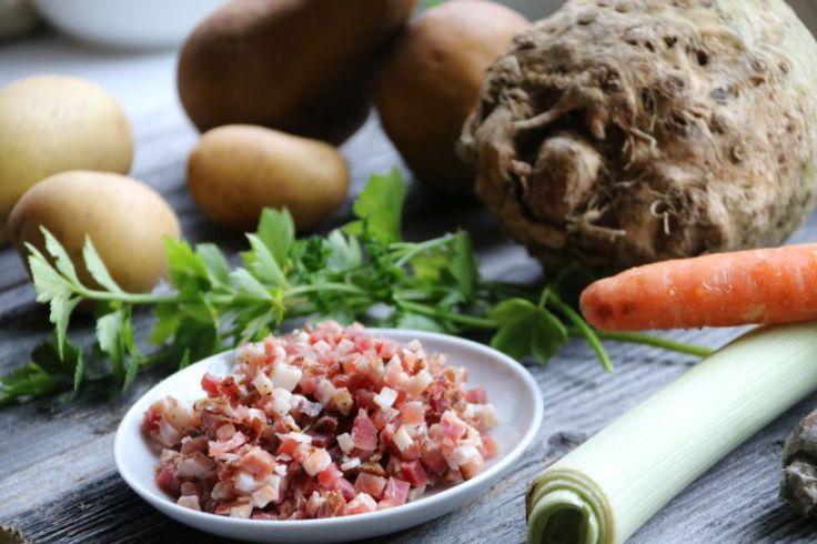 Selleriesuppe mit Birne Kartoffel Speck Zutaten