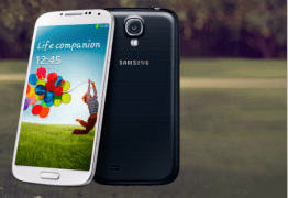 Samsung's new Galaxy S4 device running Android 4.2.2