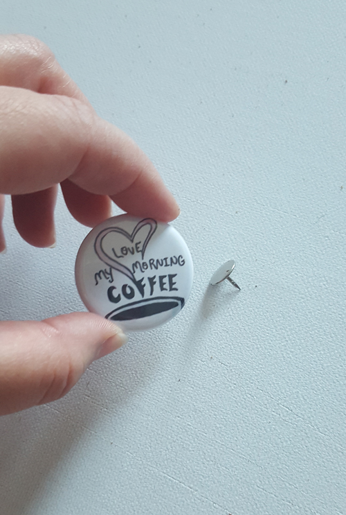 Make a Pin-Back Button Display - Moscaprint Studio