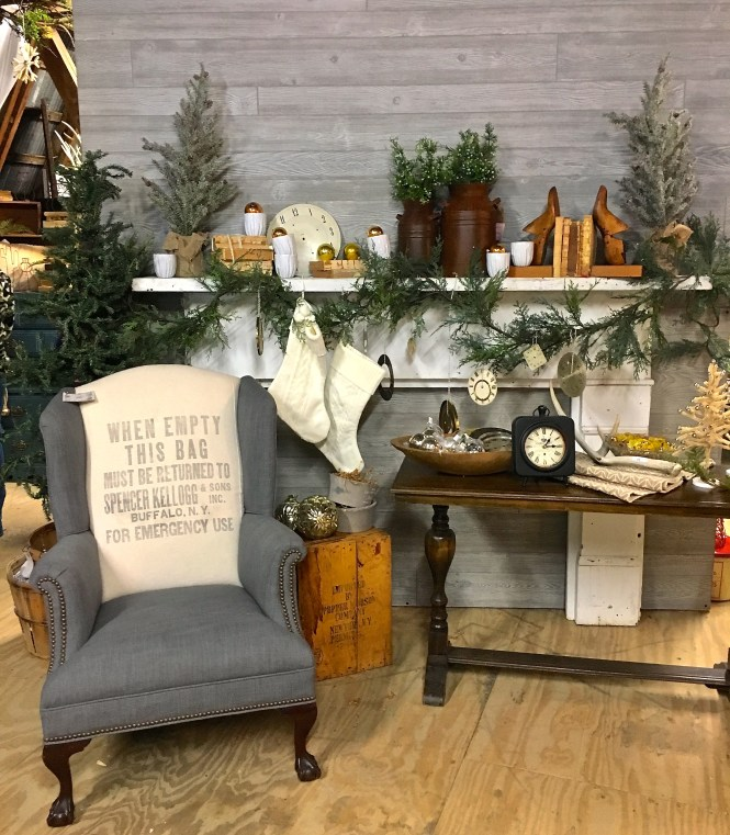 Christmas Home Decor Markets | Moscato Is My Mantra
