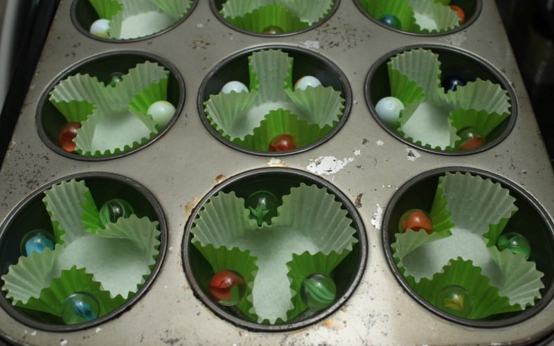 (forgive my old muffin tin - it was my late grandmother's and I can't stand to part with it)