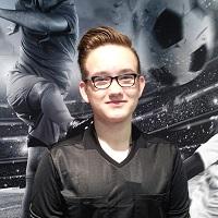 Schiedsrichter Fabian Bintz