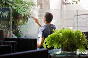 moshn - window cleaners