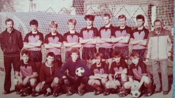 1988. Zespól juniorów z trenerami M. Wasilewskim i F. Rypiną.