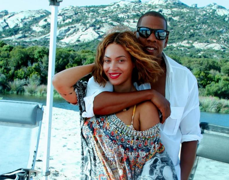 Beyonce Pregnant 3 MosnarCommunications