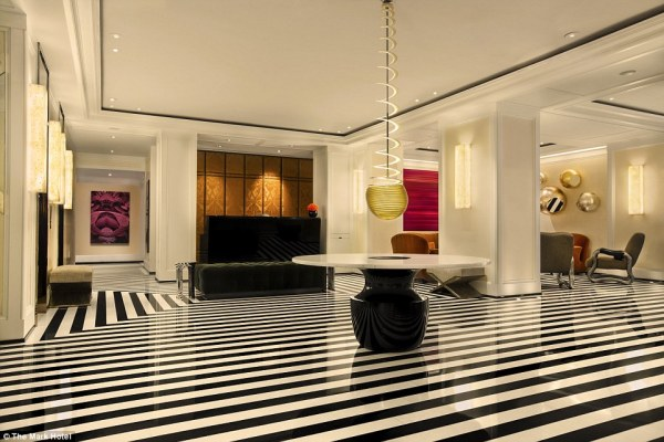 the-penthouse-suite-at-the-mark-hotel-mosnar-communications