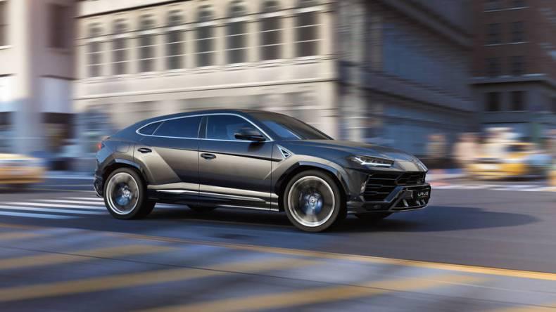 Lamborghini SUV Urus 2019 Mosnar Communications 2