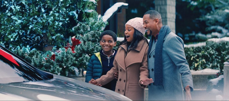 Lexus-December-to-Remember-Campaign-Mosnar-Communications
