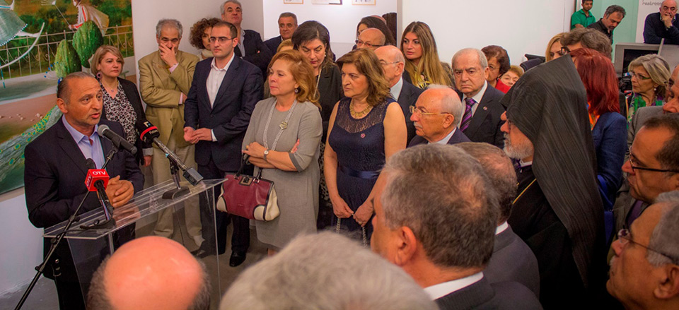 Yuroz speaking at opening night of Rebirth of a Nation exhibition in Beirut