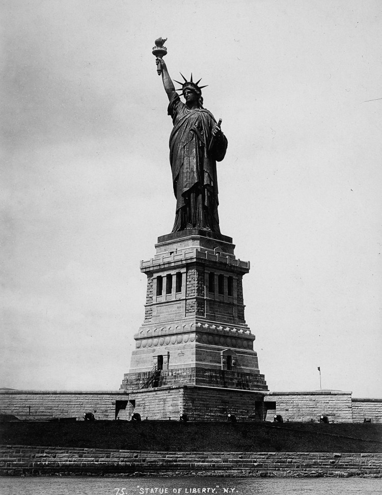 UNITED STATES - CIRCA 1890: The Statue of Liberty on the Bedloe island in the bay of New York (Photo by Unidentified Author/Alinari Archives, Florence/Alinari via Getty Images)