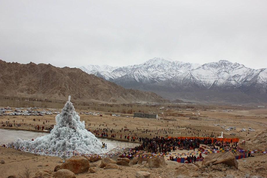 ice stupa 4 moss and fog