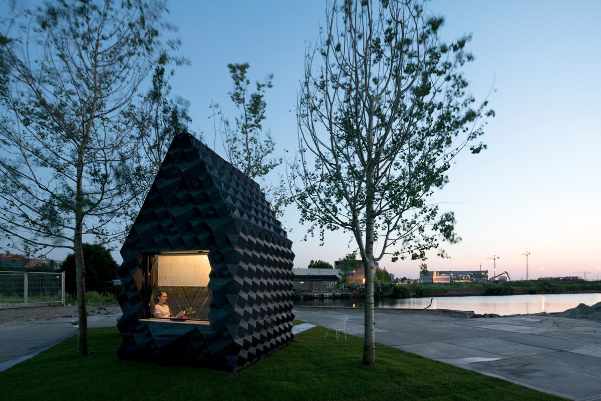 3d-printed-home-amsterdam-moss-and-fog-7