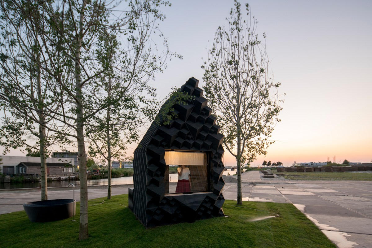 3d-printed-home-amsterdam-moss-and-fog-8