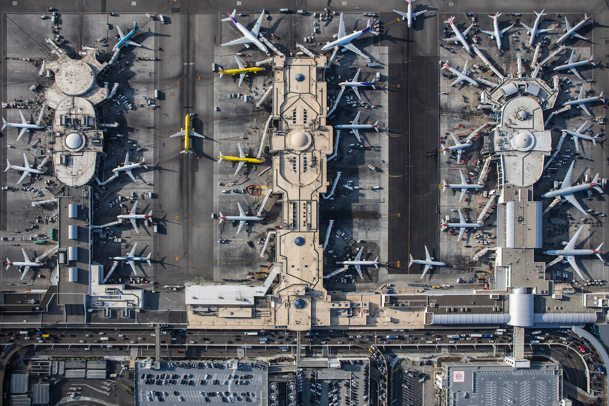 mike-kelley-airport-photos-moss-and-fog-2