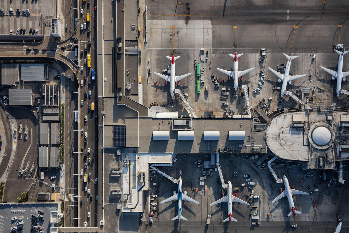 mike-kelley-airport-photos-moss-and-fog-3