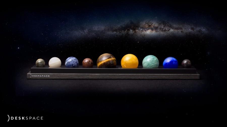 deskspace-planets-moss-and-fog-2