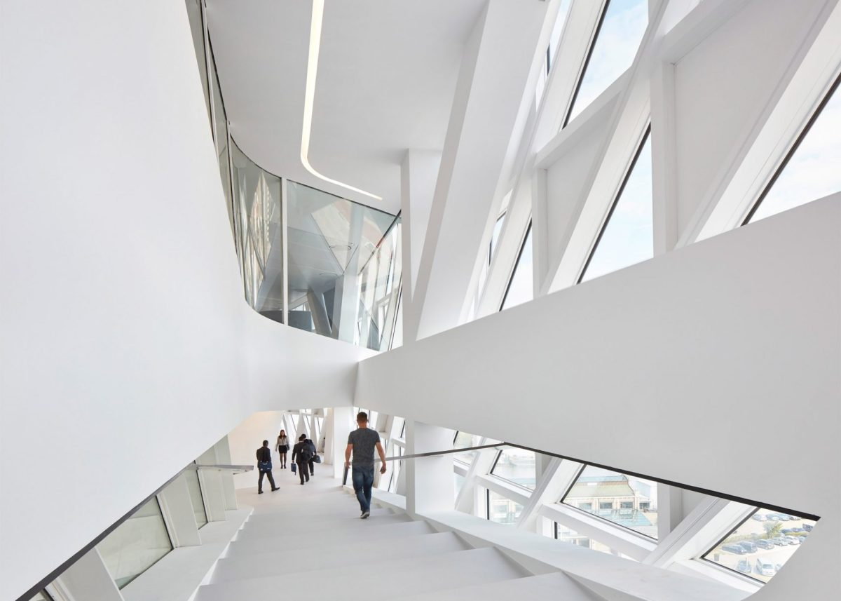 zaha-hadid-antwerp-moss-and-fog-2.5