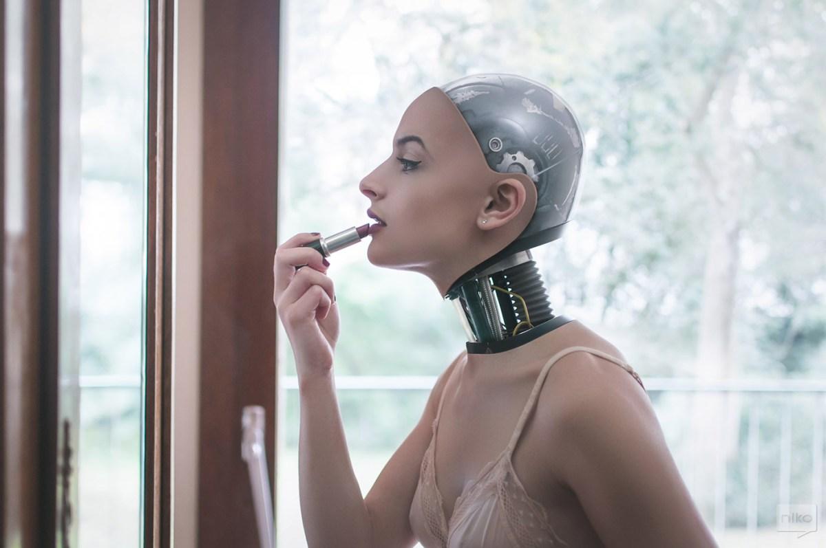 the-robot-next-door-moss-and-fog-9