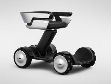 modelf_electric_wheelchair_02