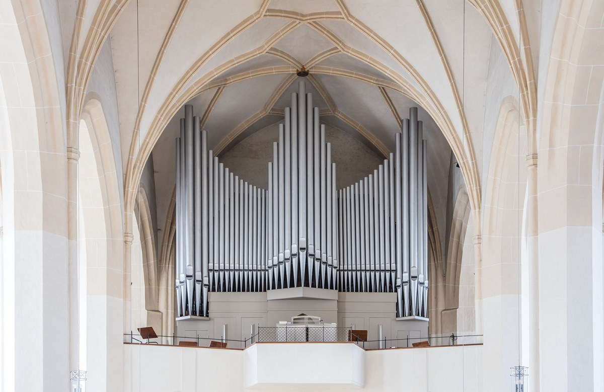 Nice Pipes - An Ode to Pipe Organs