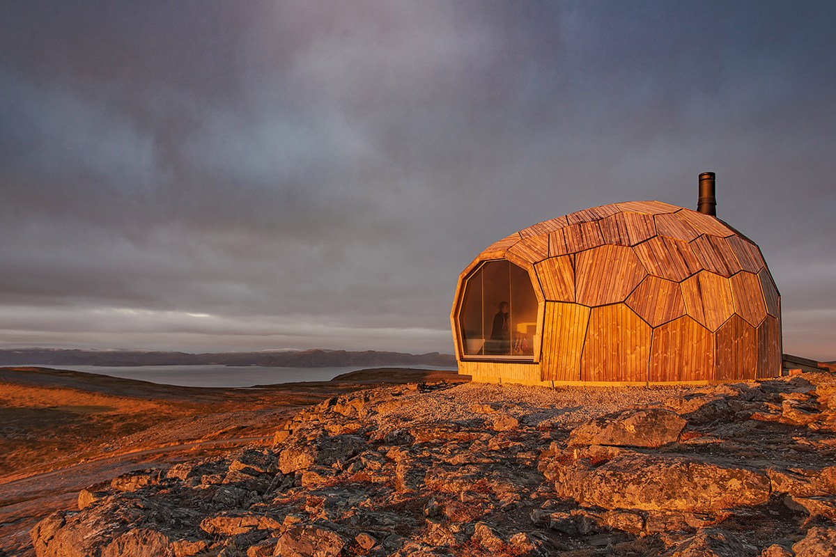 hammerfest-hiking-cabins-7